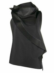 132 5. Issey Miyake asymmetric sleeveless blouse - Grey