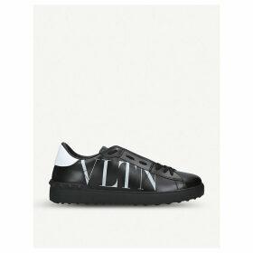 Rockstud studded leather trainers