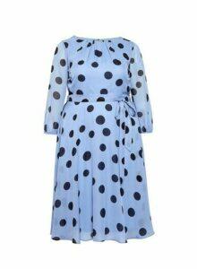 Womens Billie & Blossom Curve Blue Chiffon Spot Print Midi Dress, Blue