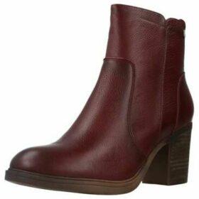 Carmela  66871C  women's Low Ankle Boots in Purple