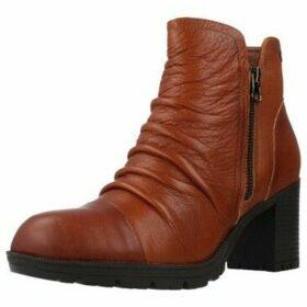 Carmela  66869C  women's Low Ankle Boots in Brown