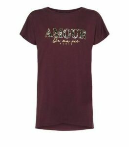 Burgundy Amour Leopard Print Slogan T-Shirt New Look