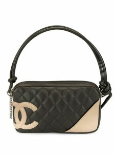 Chanel Pre-Owned 2004 Cambon Line quilted hand bag - Black
