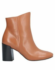 TIPE E TACCHI FOOTWEAR Ankle boots Women on YOOX.COM
