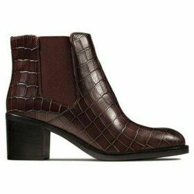 Clarks  Mascarpona Bay  women's Low Ankle Boots in Brown