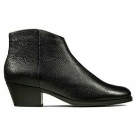 Clarks  Mila Myth  women's Low Ankle Boots in multicolour