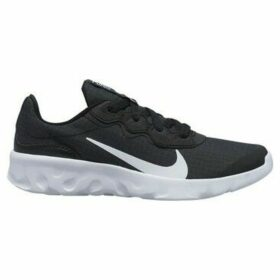 Nike  Explore Strada  women's Shoes (Trainers) in Black