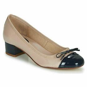 André  POEMINE  women's Shoes (Pumps / Ballerinas) in Beige