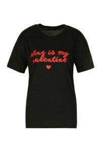 Wine Valentine Slogan T-Shirt - Black - M, Black