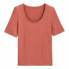 Draping Scoop-Neck T-Shirt with Short Sleeves