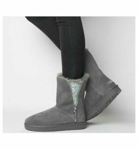 UGG Classic Zip Boot CHARCOAL EXCLUSIVE