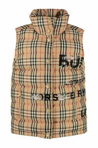 Burberry Full Zip And Buttons Field Vest