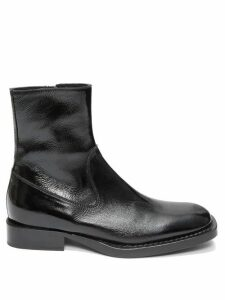 Ann Demeulemeester - Crackled Patent-leather Ankle Boots - Womens - Black