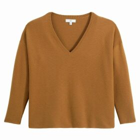 Loose Fit Jumper in Chunky Knit with V-Neck