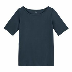 Short-Sleeved T-Shirt with Boat Neck