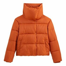 Short Padded Puffer Jacket with Oversized Collar and Pockets