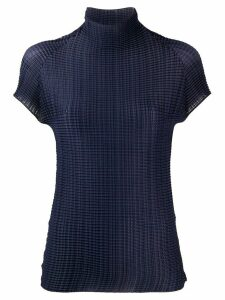 Issey Miyake pleated short sleeve top - Blue