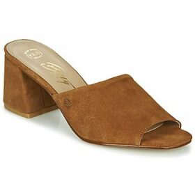 Betty London  MELIDA  women's Mules / Casual Shoes in Brown