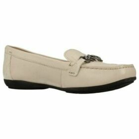 Geox  D ANNYTAH M0C A  women's Loafers / Casual Shoes in Beige
