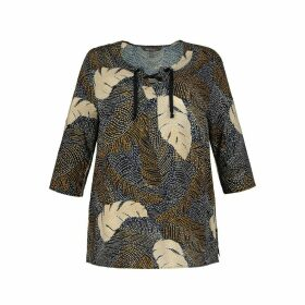 Graphic Print Blouse with 3/4 Length Sleeves