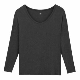 Scoop-Neck T-Shirt with Long Sleeves