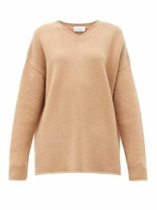 Raey - Dip-hem Knitted Cashmere Sweater - Womens - Beige