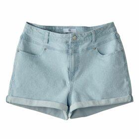 Bermuda Shorts with Pin Tucks