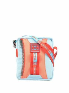 Chanel Pre-Owned 2002 Sports Line zipped crossbody bag - Blue