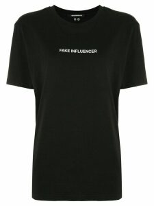 Boyarovskaya Fake Influencer T-shirt - Black
