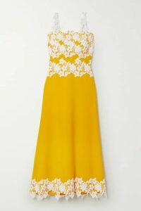 Lela Rose - Guipure Lace-trimmed Stretch-crepe Midi Dress - Marigold